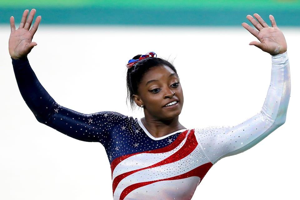 EUA levam ouro na ginástica artística feminina; Brasil fica em 8º lugar