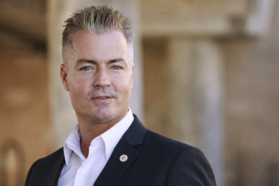 Travis Allen, a Republican Lawmaker Adept at Surfing, Seeks Governorship