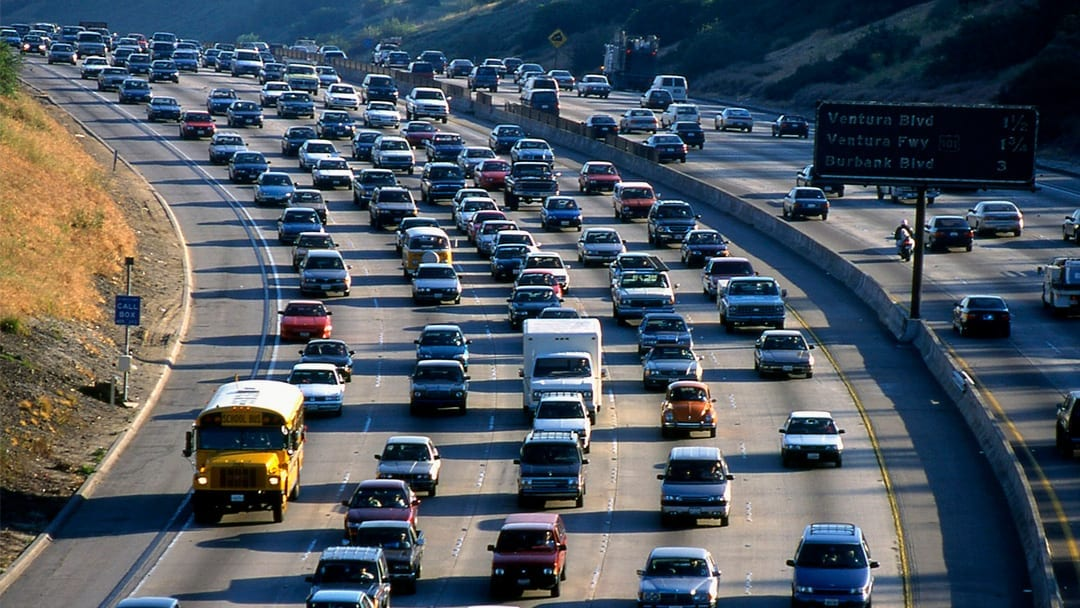 California's emissions deal with automakers dodges Trump EPA plan to gut rules
