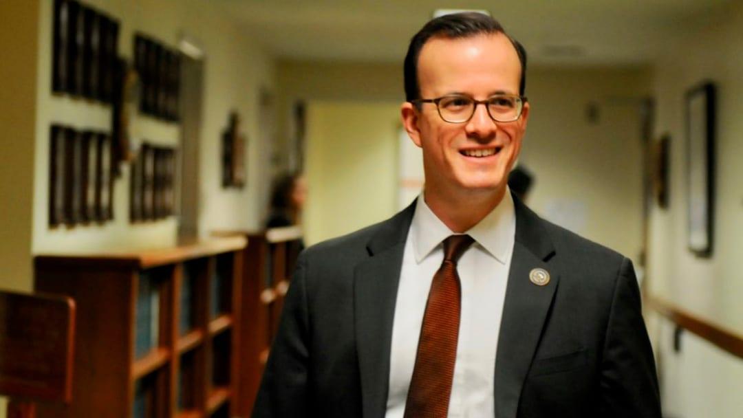 California Bans 'Deep Fakes' Video, Audio Close to Elections