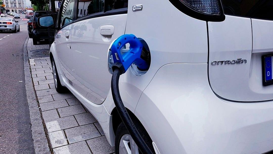 Electric vehicle fees won't fix the transportation funding gap